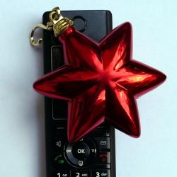 Telefon mit Weihnachtsdeko